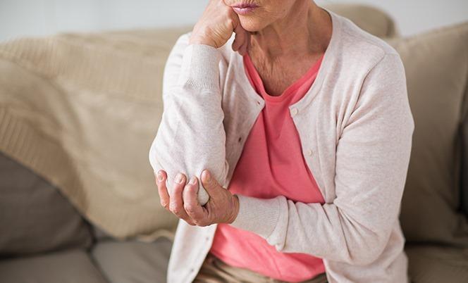5 natürliche Hausmittel bei Gelenkschmerzen