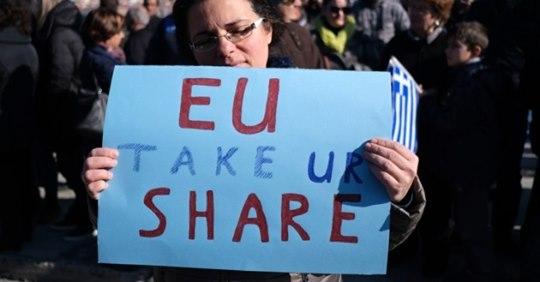 Griechische Massenproteste gegen Flüchtlingslager