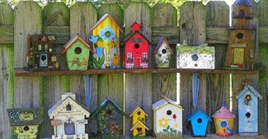 Sehen Sie sich hier die schönsten DIY Garten Deko-Ideen an, die auch Sie selbst erstellen können!