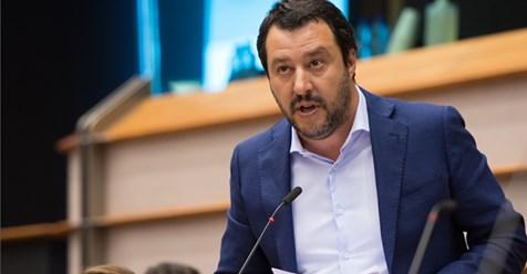 Anlegeverweigerung für Migranten: Salvini muss vor Gericht