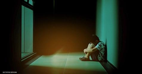 Justin (3) monatelang geschlagen & misshandelt: Gericht mildert Strafen der Pflegeeltern