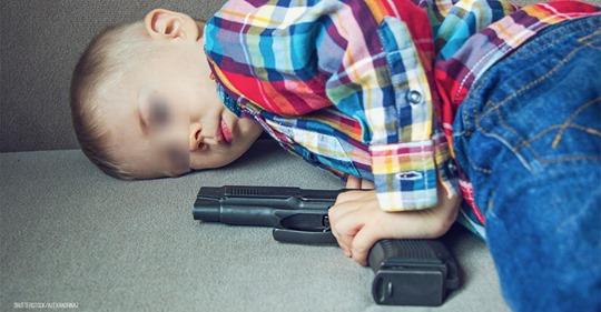 Dreijähriger erschießt sich versehentlich selbst: Junge (†3) stirbt auf eigener Geburtstagsfeier