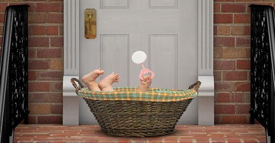 Mutter setzt ihr krankes Baby (3 Monate) aus – vor die Tür der Mutter der neuen Freundin ihres Ex Freundes