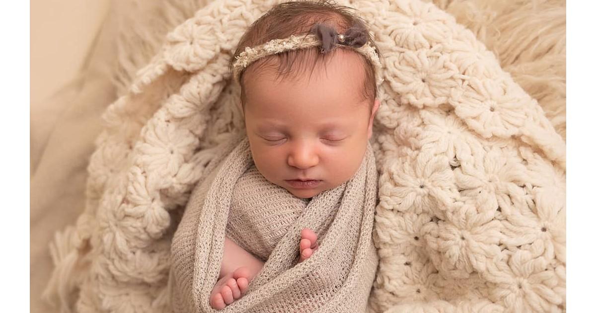 """Weltrekord-Kind: Baby """"Molly"""" aus gefrorenem 27 Jahre alten Embryo geboren"""