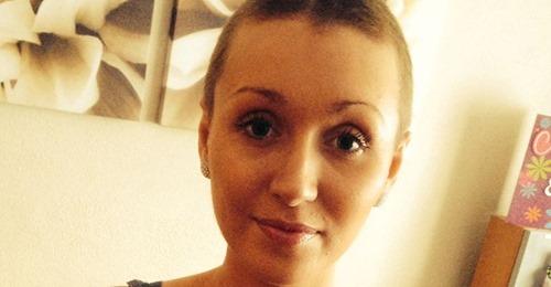"""Frau (†23) stirbt an Gebärmutterhalskrebs – wurde zuvor """"15 Mal"""" von Ärzten trotz Beschwerden nach Hause geschickt"""