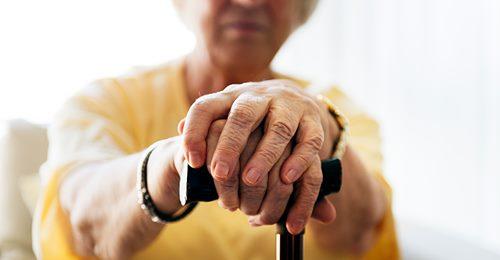Bielefeld: Rentnerin (95) hat Streit mit der Stadt um Grundstück – diese baut Zaun um ihr Haus