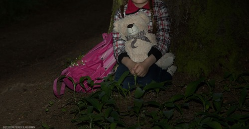 7-Jährige stundenlang im Saarland vermisst: Retter finden Mädchen in Teppich eingerollt