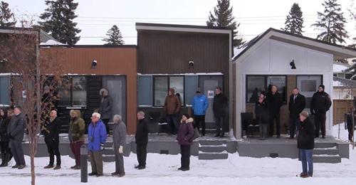 Dorf mit winzigen Häusern für obdachlose Veteranen