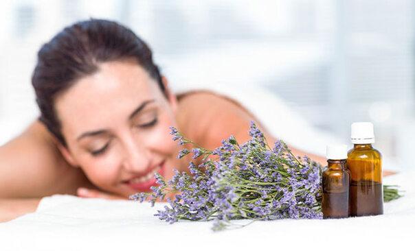 Aromatherapie: Wie ätherische Öle das Wohlbefinden steigern