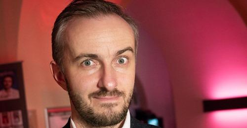 Wegen Rundfunkbeitrags: Böhmermann und FDP zoffen sich auf Twitter