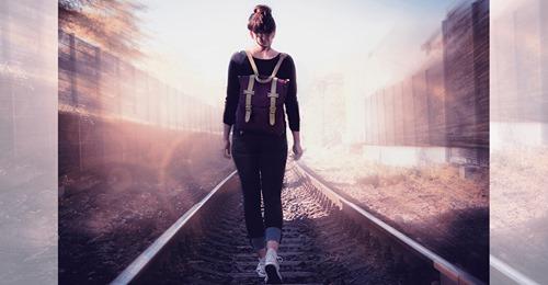 BaWü: Mädchen (†14) möchte Abkürzung über Bahngleise nehmen, wird von Zug erfasst – stirbt an Unfallstelle