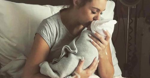 Kristy Watson postet Bilder ihres verstorbenen Babys, um zu warnen