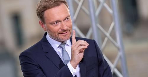FDP Chef Lindner hält Laschet schon für den sicheren Wahlsieger – und dient sich als Finanzminister an