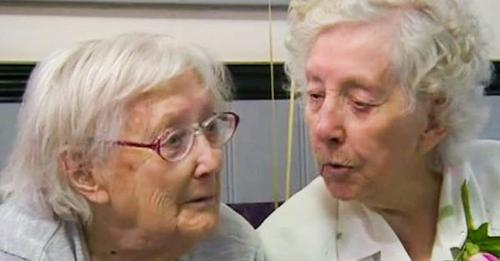 101-jährige Zwillinge sind immer noch unzertrennlich – obwohl sie 125 Kilometer voneinander entfernt wohnen, treffen sie sich jede Woche